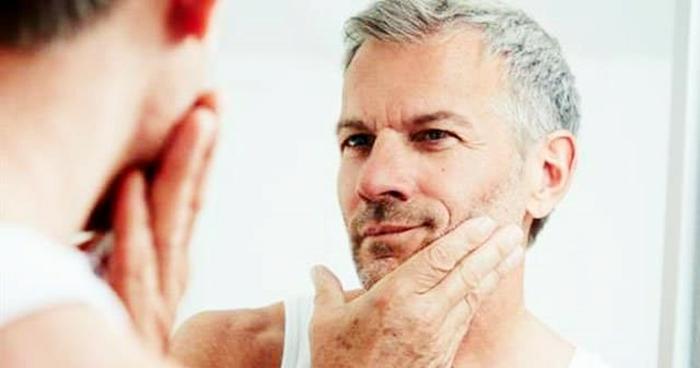 Saç Yaşlanması Nasıl Önlenir?