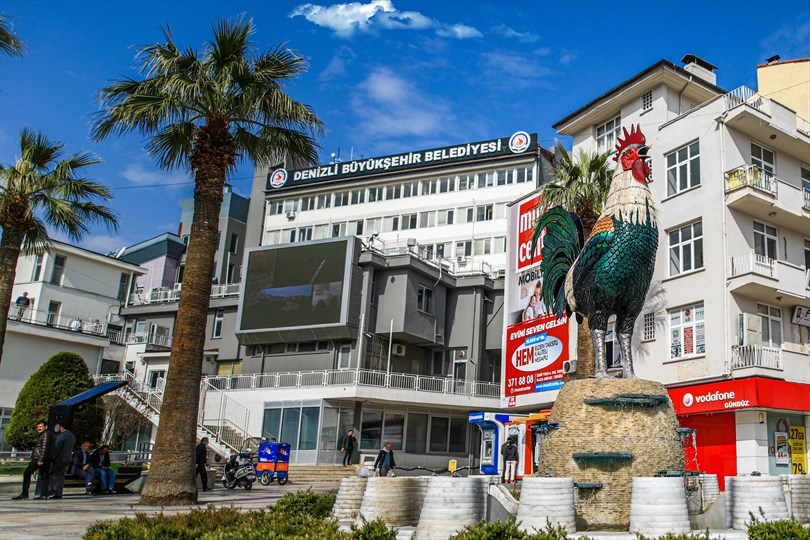 """Photo of Denizli Büyükşehir Belediye Başkan Zolan: """"Öğrencilerimize 3,6 milyon TL destek vereceğiz"""""""